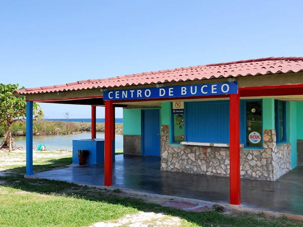 'Caleta Buena Diving Center'