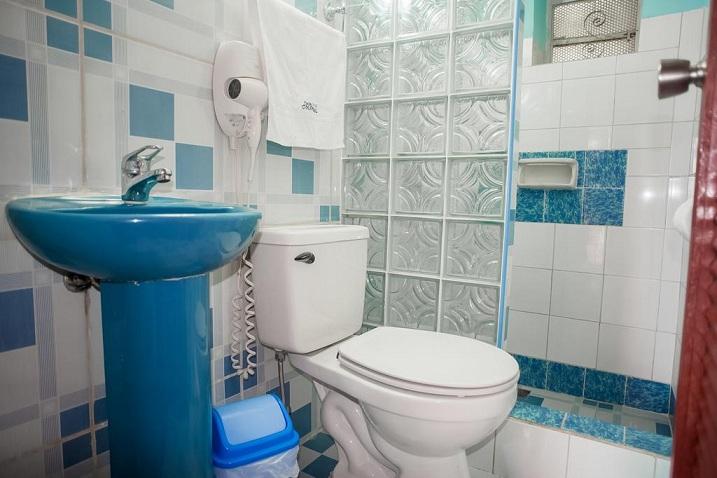 'Bathroom of bedroom 1'