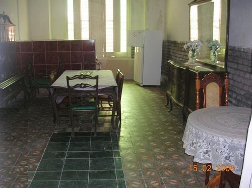 'Dinnigroom' Casas particulares are an alternative to hotels in Cuba.