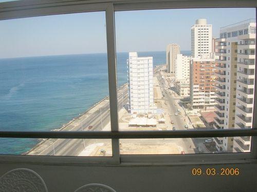 'view ocean'