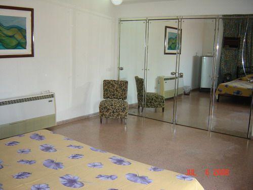 'Room2'