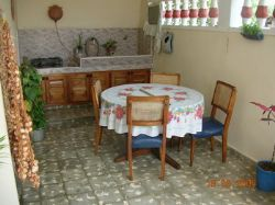 'dining in the yard' Casas particulares are an alternative to hotels in Cuba.