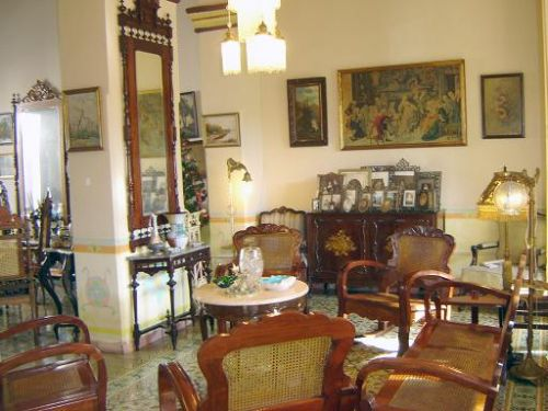 'Living room2' Casas particulares are an alternative to hotels in Cuba.