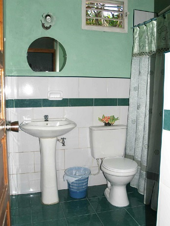 'Bathroom 1'