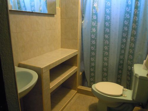 'Bathroom 2'