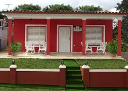 Casa Particular La Colina at Vi�ales, Pinar del Rio (click for details)